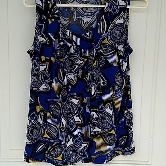 Evan Picone Tops - Blue multi short sleeve blouse size small